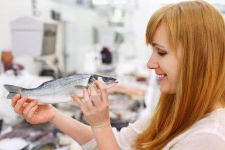 Человек и рыба